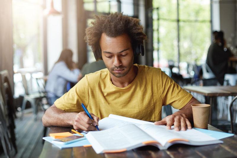 write plagiarism free content