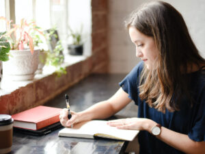 professional assignment writers UK